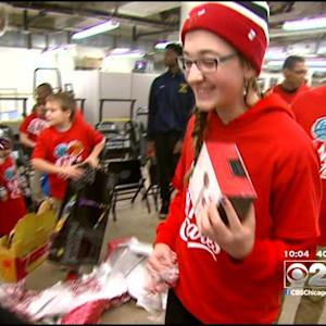 Bulls Host Kids For Christmas