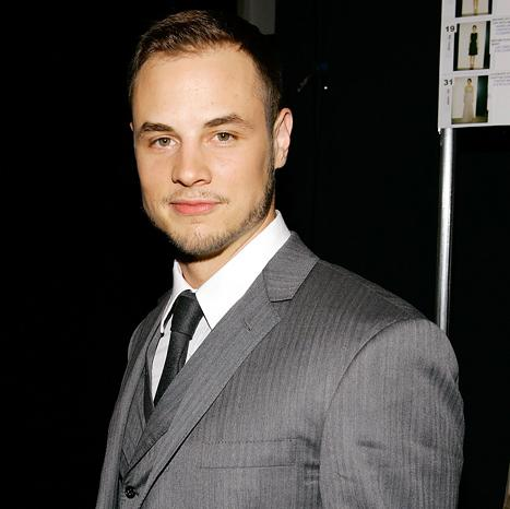 """Dean Sheremet Shoots Down Reports of a LeAnn Rimes Tell-All, Says He's Writing an """"Inspirational Cookbook"""""""