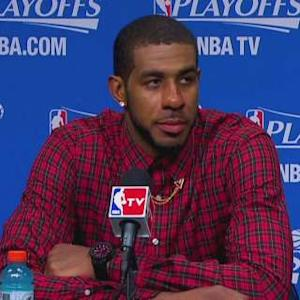 Inside the NBA: Aldridge's Shirt