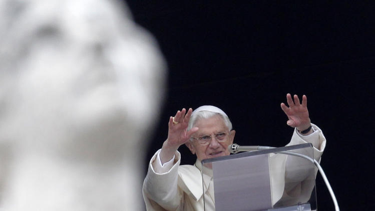 Shhh: Pope urges silence to communicate better