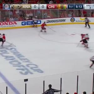 Corey Crawford Save on Francois Beauchemin (14:51/1st)