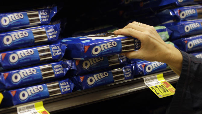 Oreo maker Mondelez sees cookie troubles in China