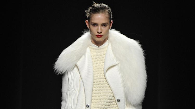 Sportmax - Runway RTW - Fall 2012 - Milan Fashion Week