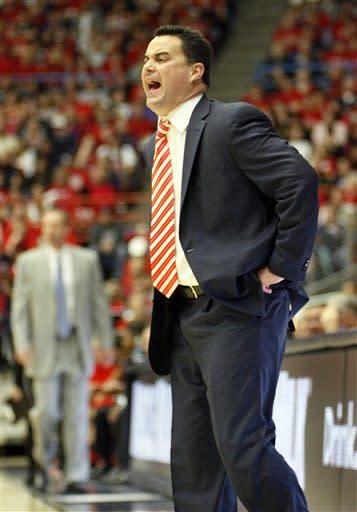 No. 3 Arizona holds on for 60-57 win over Utah