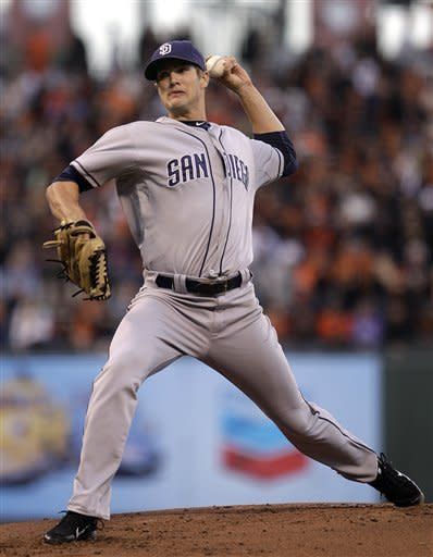 Hundley has 4 hits as Padres beat Giants 5-3