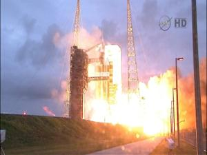 Raw: Orion Capsule Launches on Maiden Voyage
