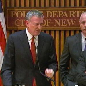 New York mayor accuses media of fueling conflict