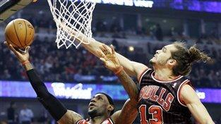 James scores 26, Heat beat Bulls 86-67
