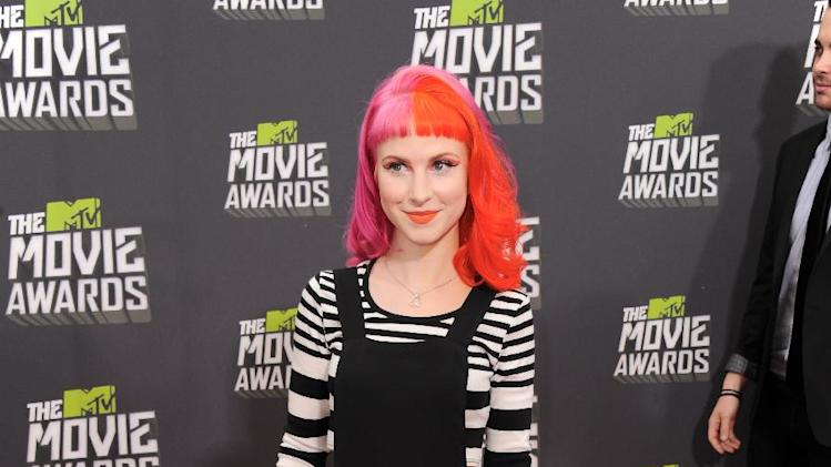 Hayley Williams of Paramore arrives at the MTV Movie Awards in Sony Pictures Studio Lot in Culver City, Calif., on Sunday April 14, 2013. (Photo by Jordan Strauss/Invision/AP)