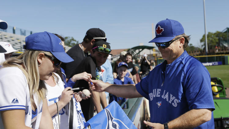 Want tix? Spring training crowds down this year