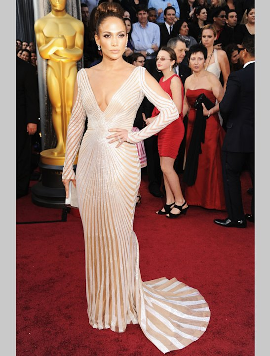 Oscars 2012: Jennifer Lopez