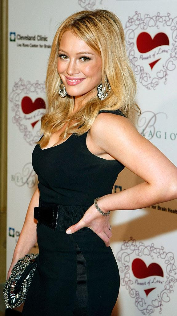 Hilary Duff arrives at the 13th annual Power of Love gala to benefit the Cleveland Clinic Lou Ruvo Center for Brain Health February 28, 2009 in Las Vegas, Nevada.