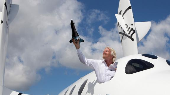 Virgin Galactic Now Takes Bitcoin for Private Spaceflights, Sir Richard Branson Says