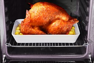 Thanksgiving is a daunting meal for first-timers. You need a few tips to cook up a perfect turkey dinner.