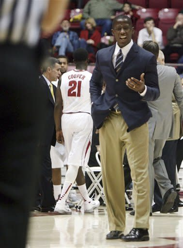 Cooper's 17 leads Alabama past Lamar, 75-47