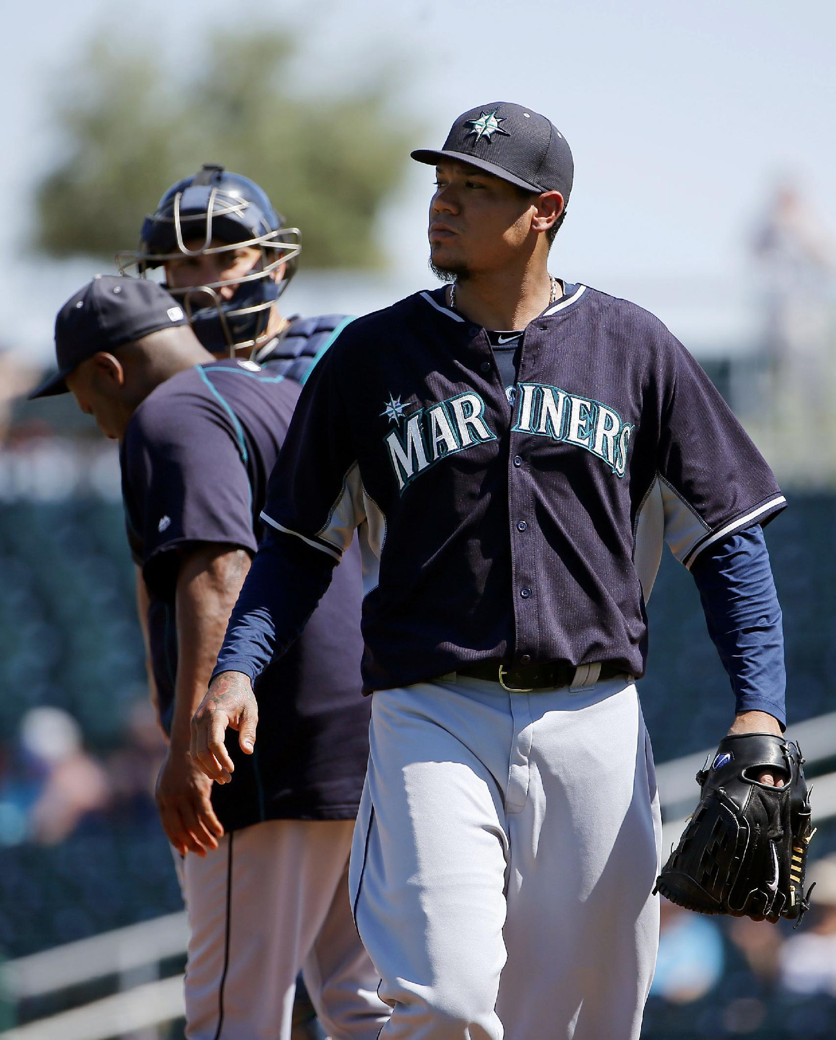 McClendon ejected during Mariners' 8-6 loss to Indians