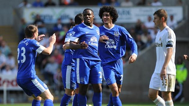 2012 Everton celebrate Victor Anichebe's goal against Swansea