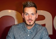 Matt Pokora entirement nu chez Cauet !