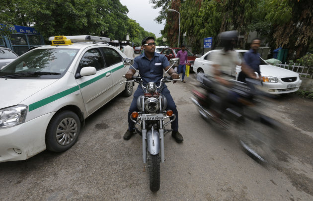 Indian Hospital Hires Bouncers To Deter Attacks