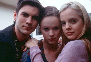 Wes Bentley, Thora Birch and Mena Suvari in American Beauty