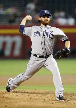 Padres knock off Diamondbacks 7-4