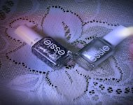 I prefer Essie nail polish for 2-minute manicures because they dry quickly.