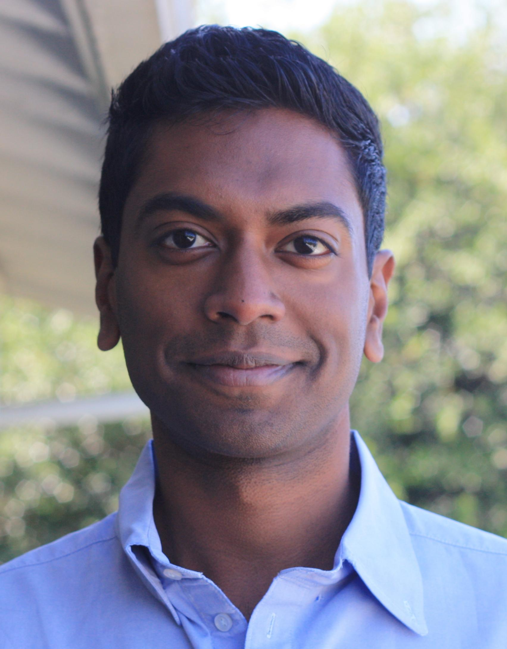 'Modern Family's' Vali Chandrasekaran Sets Overall Deal at 20th TV