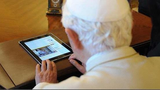 Reading on Tablets Easier for Older Eyes