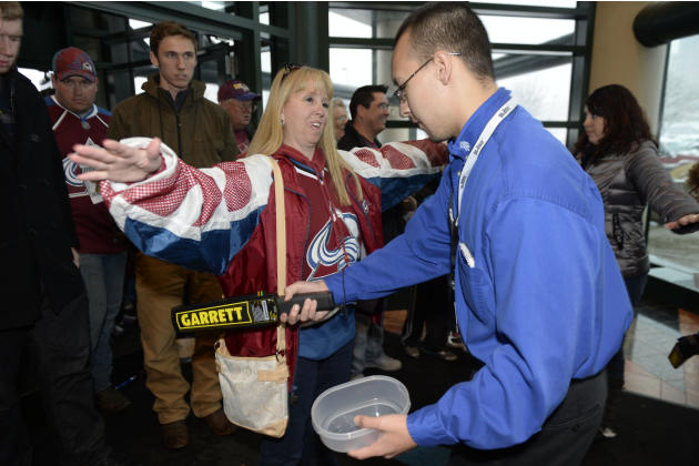 NHL: Columbus Blue Jackets at Colorado Avalanche