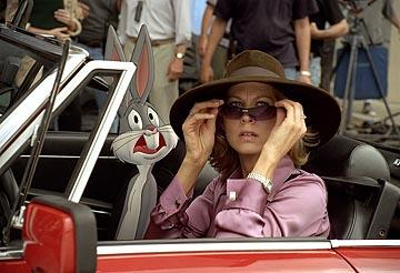 Bugs Bunny and Jenna Elfman in Warner Bros. Looney Tunes: Back in Action