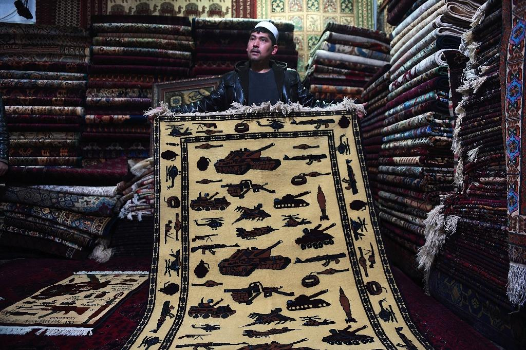 From AK47s to drones, Afghan 'war rugs' reflect bloody decades