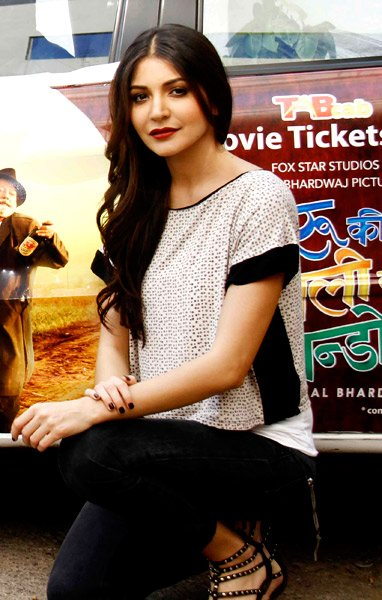 Imran and Anushka promote 'Matru ki Bijlee Ka Mandola'