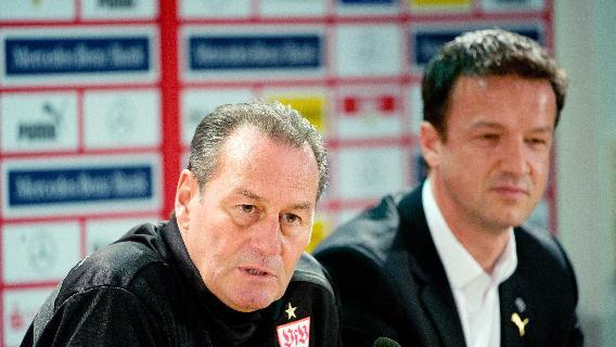 New head coach of German Bundesliga soccer club of VfB Stuttgart, Huub Stevens,  and Stuttgart board member Fredi Bobic, right,  attend a press conference in Stuttgart, Germany, Monday March 10, 2014