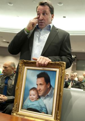 Senate panel hearing from Newtown father, doctor