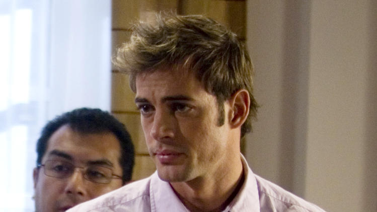 "FILE - In this Nov. 24, 2008 file photo, Cuban actor William Levy is shown during the filming of an episode of the ""Cuidado con el Angel"" or ""Careful with the Angel"" sopa opera at Televisa Network studios in Mexico City. Levy will be among the 12 celebrity contestants on the next season of the ABC dancing competition, premiering March 19.  (AP Photo/Dario Lopez-Mills, file)"