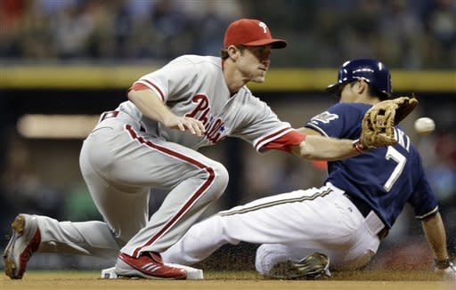 Mayberry, Kratz homer to lift Phils over Brewers