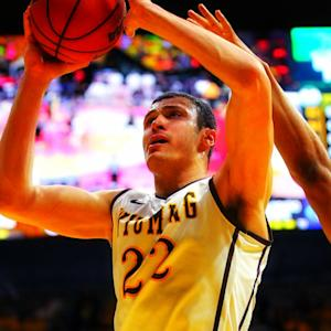 Is Wyoming's Larry Nance Jr. A Better Dunker Than His Dad?