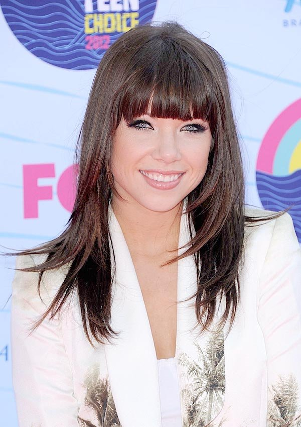 Carly Rae Jepsen's Teen Choice Awards Beauty: Get Her Glam Glow