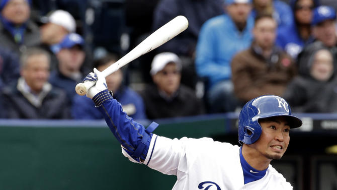 Gordon's 3 RBIs help Royals beat White Sox 7-5