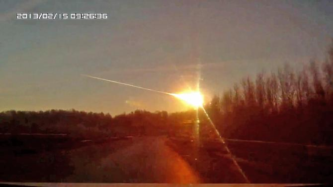 Russian meteorite caught on tape; injuries reported
