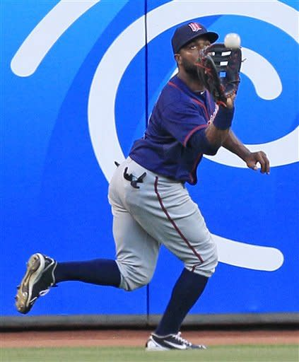 Twins send Reds to 4th straight loss, 5-4