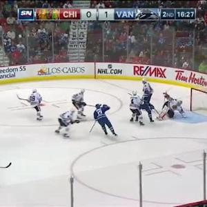 Corey Crawford Save on Daniel Sedin (03:36/2nd)