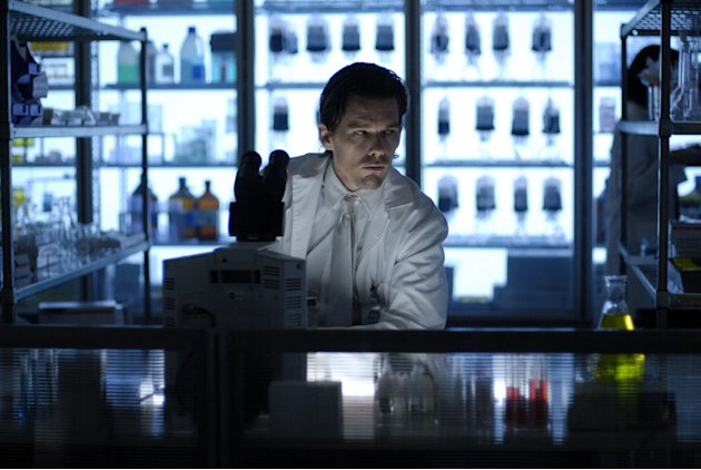 Ethan Hawke Daybreakers Production Stills Lionsgate 2010