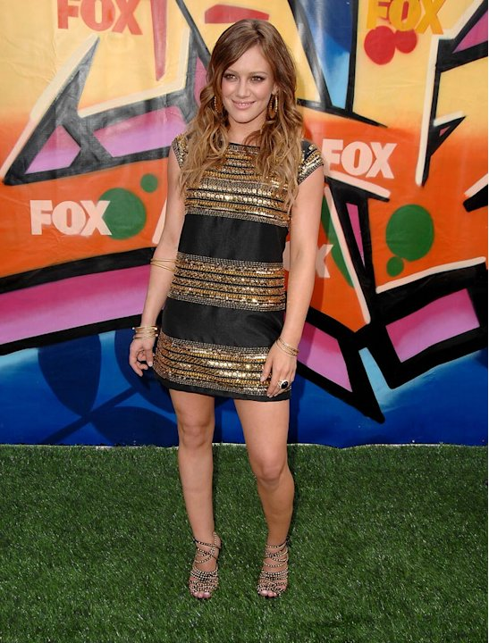 Hilary Duff arrives to the 2007 Teen Choice Awards.