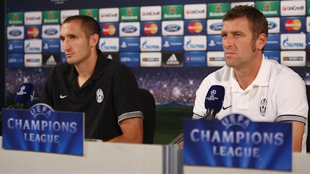 2012-2013 Champions League Juventus Carrera Chiellini