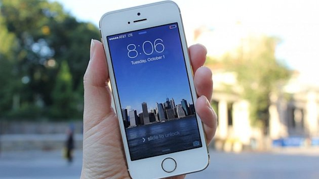 iPhone 5s Review: A Great Phone With Some More Forward Thinking Needed (ABC News)