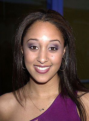 Premiere: Tamera Mowry at the Hollywood premiere of Josie and the Pussycats - 4/9/2001 