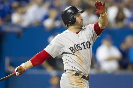 Doubront earns win as Red Sox beat Blue Jays 7-4