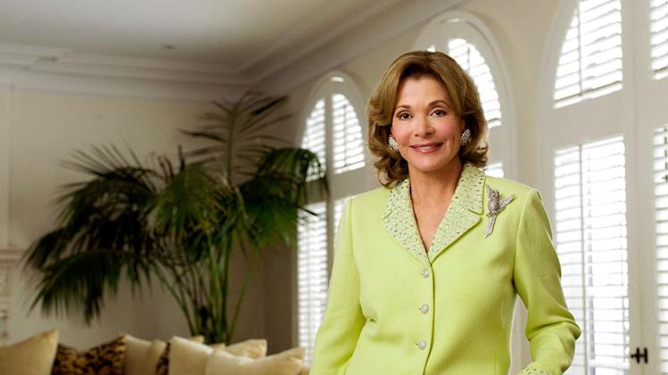 Jessica Walter stars as Tabitha in 90210