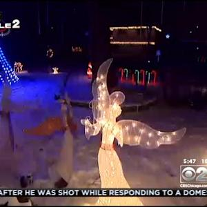 Rolling Meadows Block Goes All Out With Christmas Light Displays